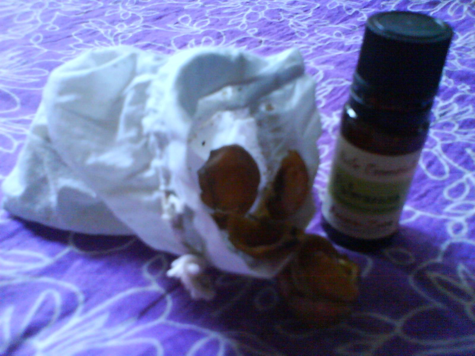 sachet et huile essentielle